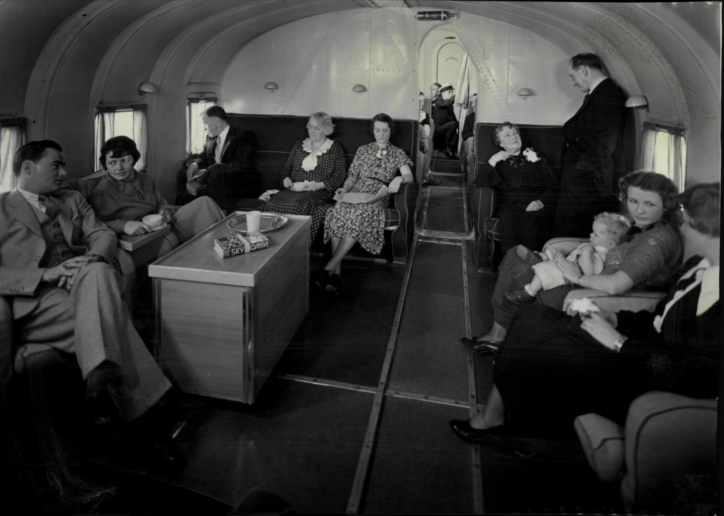 1936 M130 main lounge with pax
