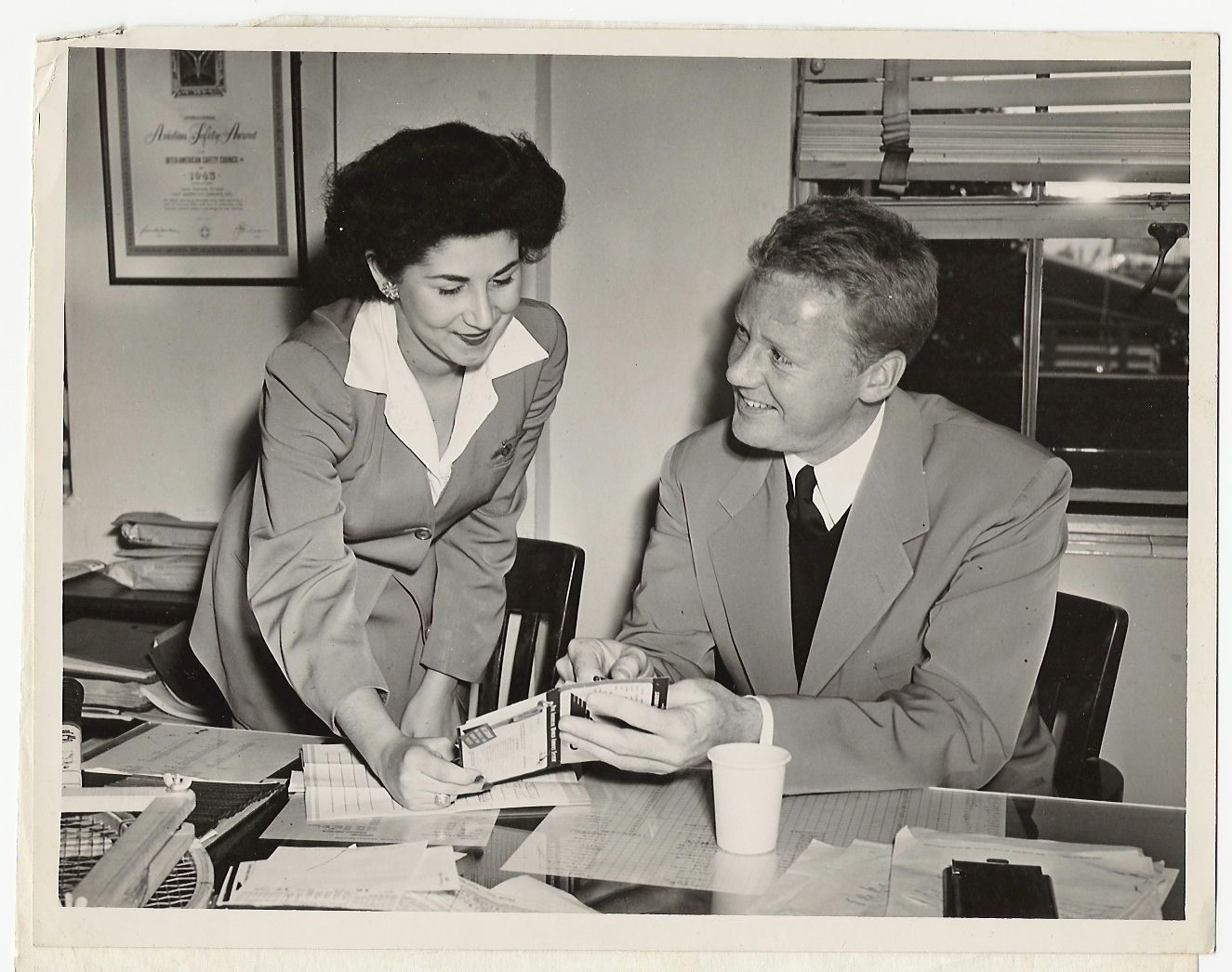 1940 Actor Van Johnson at Pan Am's Miami ticket office