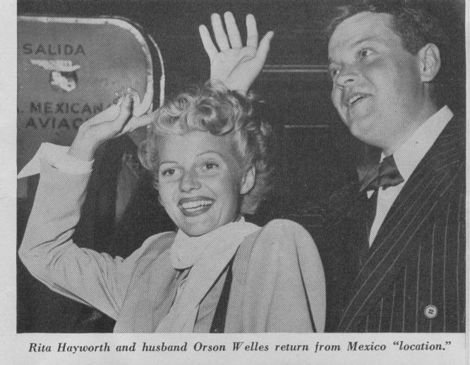 1947 Rita Hayworth & Orson Wells deplane an aircraft from sister company Mexicana.