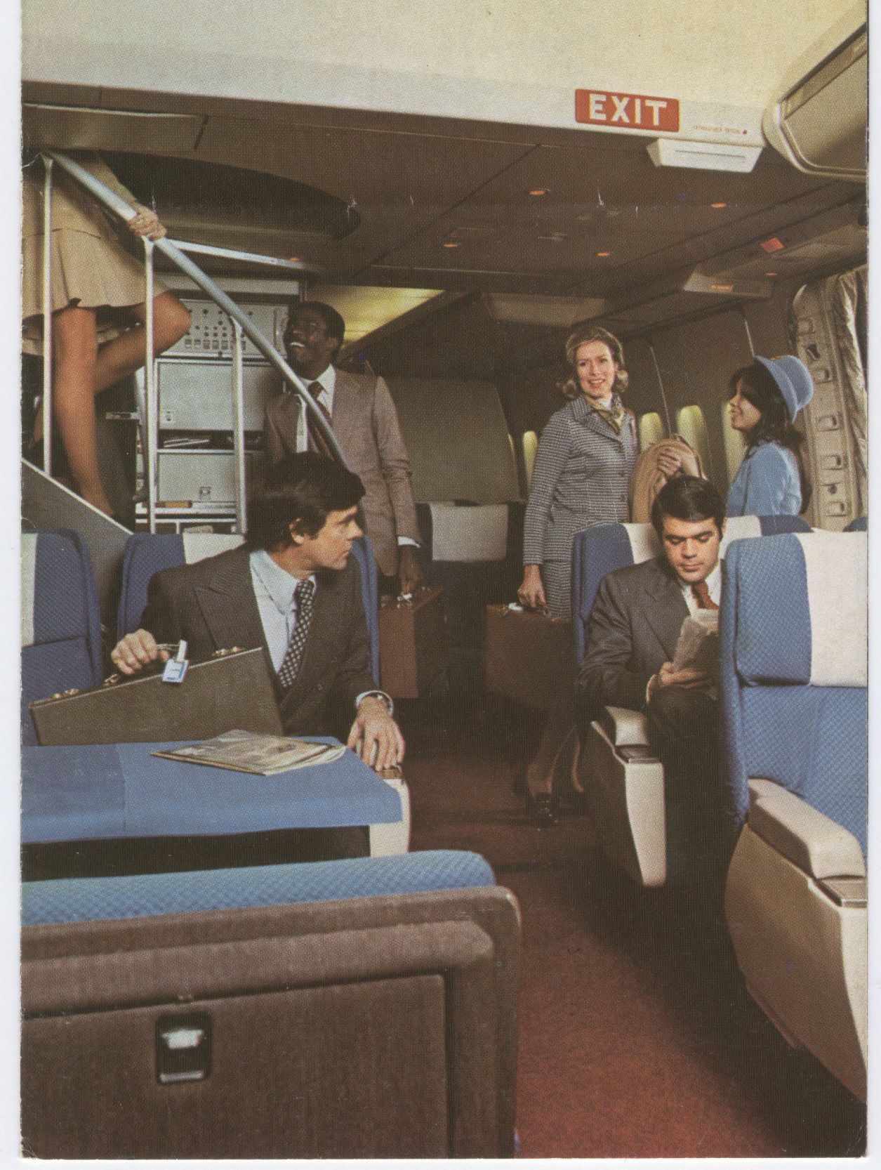 1970s A view of the First Class cabin and entrance doorway of a Pan Am Boeing 747.