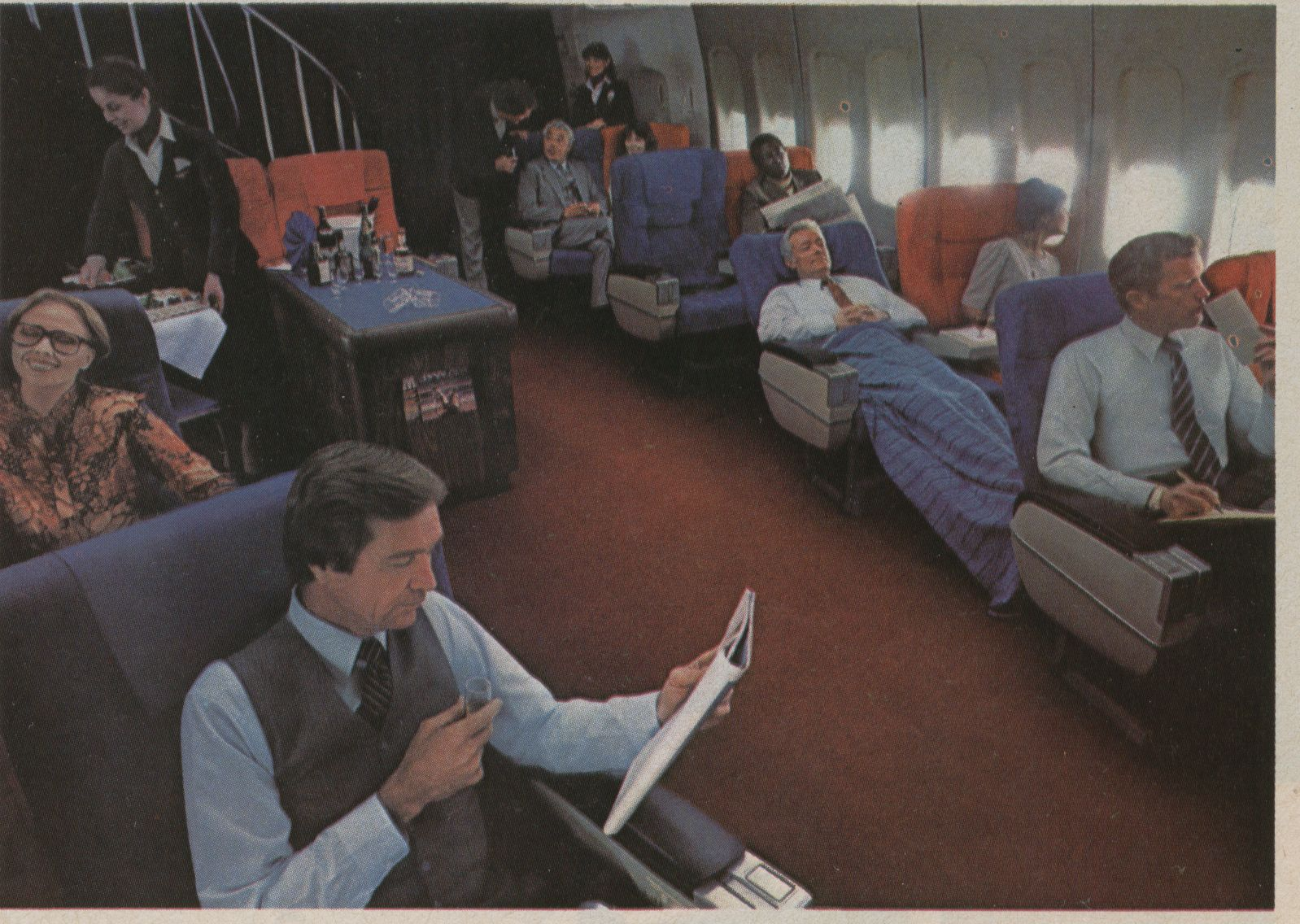 1982 The First Class cabin of a Pan Am 747.