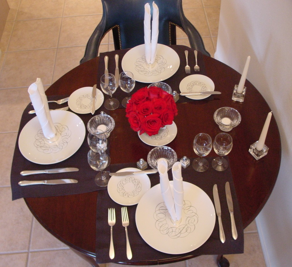 A 1950s President Special table setting with Rosenthal 'Script' pattern plates.