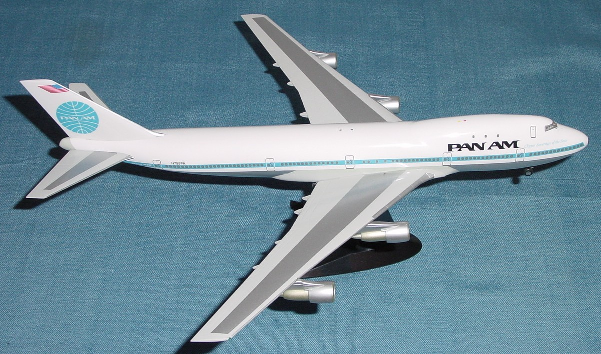 Herpa Wings 1:200 scale model of Pan Am  747 tail number N755PA Clipper Sovereign of the Seas.