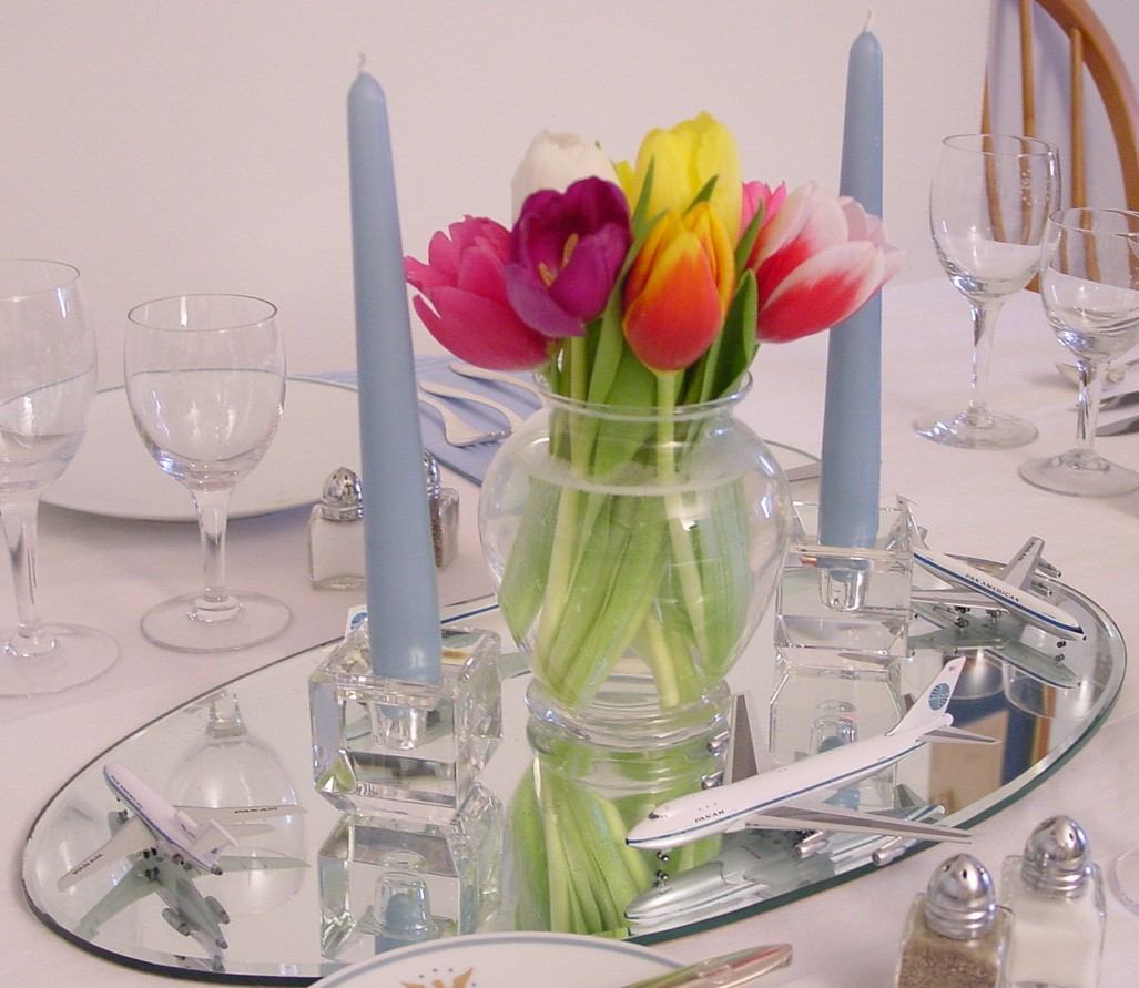 Tulips and mini models are a center piece for the 1960s Noritake 'President' pattern table setting.